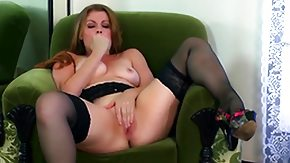 Free Sovereign Syre HD porn Sovereign Syre masturbates eagerly