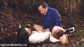 Japanese HD Sex Tube fucked in the woods