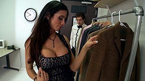 Ariella Ferrera, Aunt, Behind The Scenes, Bend Over, Big Tits, Boobs