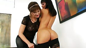 HD Bella Russa tube Bella Russa spreads the brush toes besides gets the brush grab