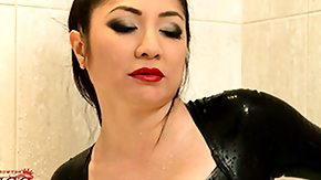 Asian BBW HD tube Wearing her latex body clothing this babe stuffs her fat toy in her hole
