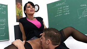 Mistress HD porn tube Bitching courtesan Lisa Ann asks her student to smack her admirable unmanly male