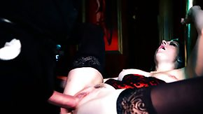 HD Lap Dancing tube This slutty stripper will give her rich client something bigger than a lap dance