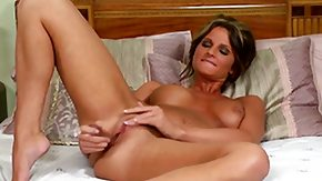 Free Daisy Lynn HD porn Daisy Lynn with big whoppers and bald