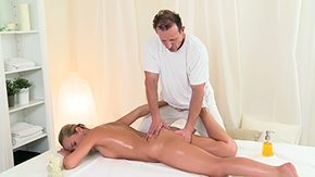 Zuzana, Big Ass, High Definition, Massage, Masseuse